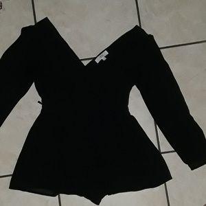 Black Romper🌹